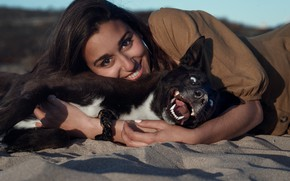 Picture sand, look, girl, joy, face, smile, mood, dog, friends