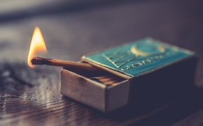 Picture fire, box, matches
