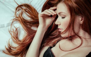 Picture girl, photo, photographer, model, redhead, bed, top, sleeping, Mia Sollis, portrait, in bed, freckles, strap, …