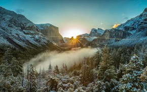 Wallpaper winter, frost, forest, the sky, the sun, rays, light, snow, trees, landscape, mountains, fog, rocks, ...