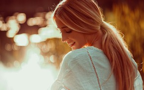 Picture look, girl, face, smile, mood, back, bokeh, Andreas Way