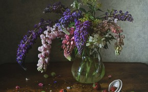 Picture bouquet, strawberry, grapes, Lupin