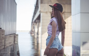Picture pose, river, model, shorts, portrait, makeup, figure, hairstyle, cap, shirt, brown hair, is, ass, bokeh, …