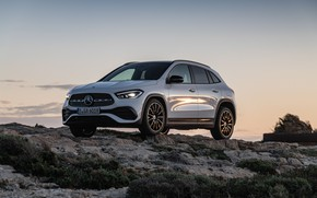 Picture sunset, Mercedes-Benz, the evening, crossover, GLA, 4MATIC, GLA-Class, 2020, AMG Line, GLA 250
