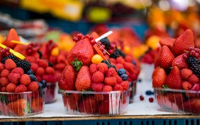 Picture berries, raspberry, harvest, blueberries, strawberry, a lot, BlackBerry, containers, cuts