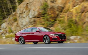 Picture red, movement, speed, Honda, Accord, sedan, 2018, four-door, 2.0T Sport