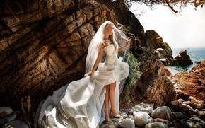 Picture rocks, model, the bride