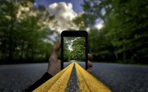 Picture road, smartphone, installation