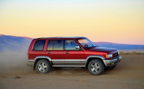 Picture in motion, SUV, Acura, 1997, AWD, 2019, Isuzu Trooper, Super Handling SLX, SLX
