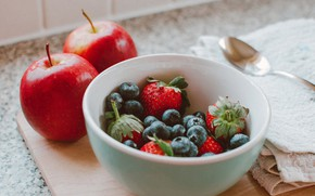 Picture berries, apples, blueberries, strawberry, spoon, bowl