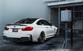 Picture garage, BMW, BMW M4