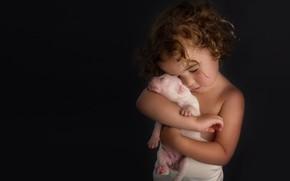 Picture mood, friendship, girl, puppy, friends, curls, baby, doggie, the dark background, hugs