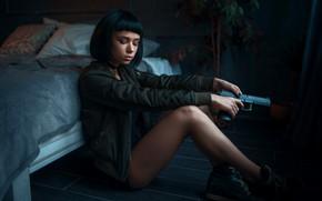 Picture girl, gun, Maks Kuzin, MATILDA, Based on the movie