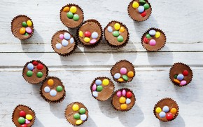 Picture chocolate, dessert, wood, pills, chocolates
