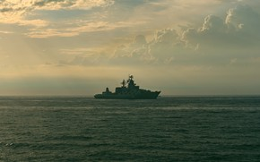 Picture the evening, Moscow, cruiser, author Igor Terekhin