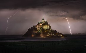 Picture the storm, lightning, France, the monastery, Normandy, Mont-Saint-Michel