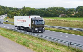 Picture field, vegetation, track, truck, Renault, tractor, 4x2, the trailer, Renault Trucks, T-series