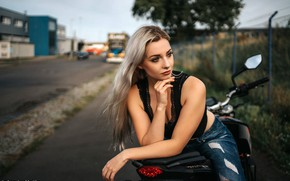 Picture pose, model, portrait, jeans, makeup, Mike, hairstyle, blonde, motorcycle, bike, beauty, bokeh, Andreas-Joachim Lins