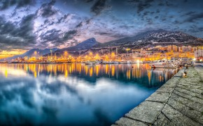 Picture twilight, Salerno, Commercial port