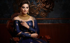 Picture girl, fashion, Smile, beautiful, model, beauty, brunette, pose, indian, makeup, Jewellery