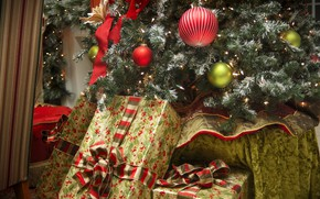 Picture toys, tree, gifts, New year