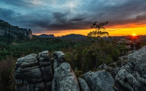 Picture forest, the sky, the sun, clouds, rays, trees, sunset, mountains, stones, rocks, Germany, Elbe Sandstone …