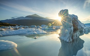 Picture cold, winter, the sun, light, snow, mountains, reflection, shore, ice, glacier, iceberg, ice, pond, Greenland