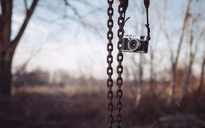 Picture background, camera, chain