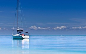 Picture the ocean, boats, yacht, calm, mast, at anchor