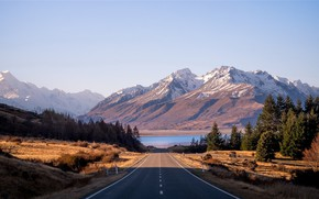 Picture road, the sun, mountains, lake