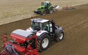 Picture field, work, tractors