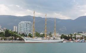 Picture sailboat, Yalta, Hersonissos