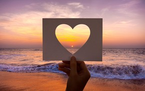 Picture sea, sunset, heart, card