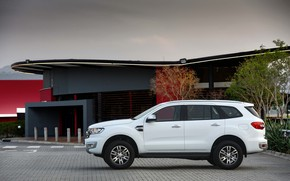 Picture Ford, side view, Everest, 2015, XLT