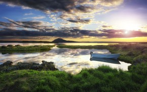 Picture shore, boat, morning