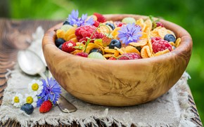 Picture flowers, berries, raspberry, blueberries, strawberries, cereal