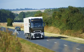 Picture road, trees, truck, Renault, shrub, tractor, 4x2, the trailer, Renault Trucks, T-series