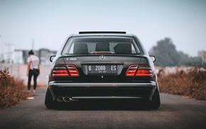 Picture W210, Mercedec - Benz, E260
