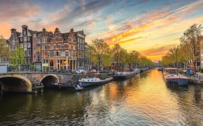 Picture the sky, trees, sunset, bridge, home, channel, boats, Amsterdam, bikes, Netherlands