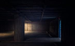 Picture light, shadow, underground Parking
