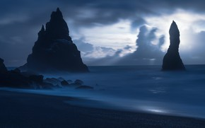 Picture the sky, clouds, light, clouds, nature, the ocean, rocks, dark, Iceland, Vic