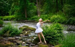 Picture dance, girl, Summer motifs