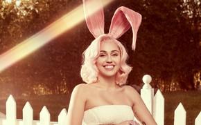 Picture smile, rabbit, Singer, Miley Cyrus, ears, singer, Miley Cyrus
