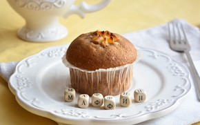 Picture letters, cupcake, muffin