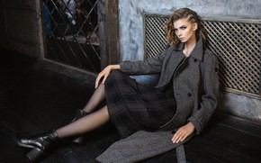Picture girl, legs, sponge, coat, Milena, Igor Kondakov