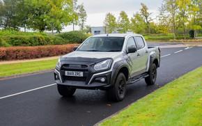 Picture road, lawn, pickup, Isuzu, D-Max, 2019, UK version, XTR