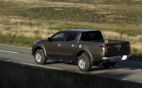 Picture movement, shadow, Mitsubishi, side, pickup, L200, 2015