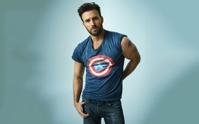 Picture look, jeans, t-shirt, male, muscles, Chris Evans