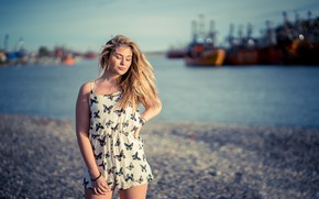 Picture girl, port, Paulina
