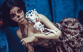 Picture girl, doll, tattoo, skeleton